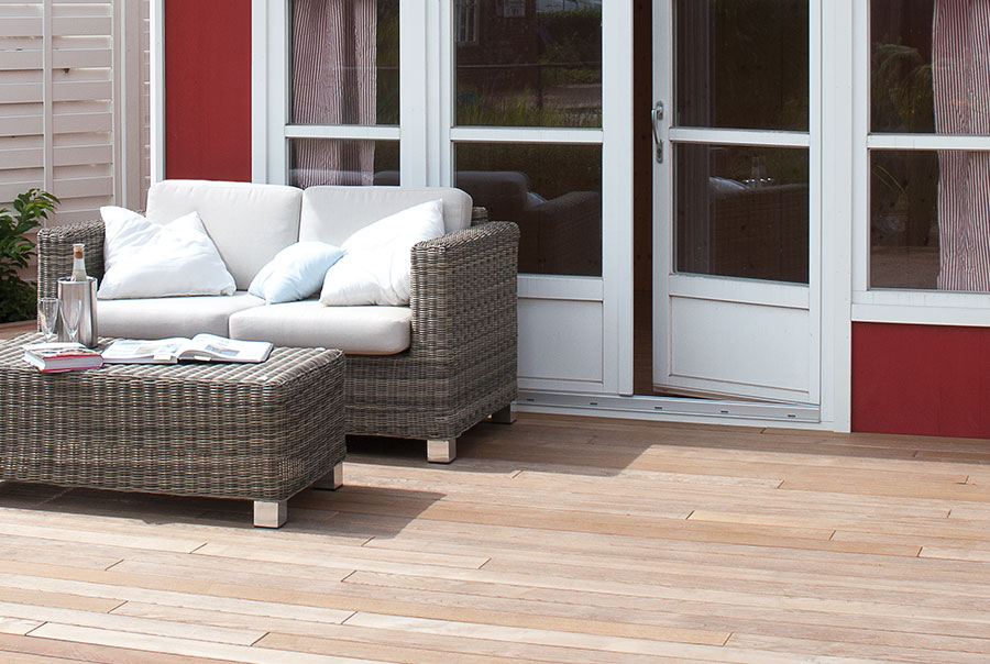 Terrassendielen Thermoholz Esche Osmo Holz Und Color Gmbh Co Kg
